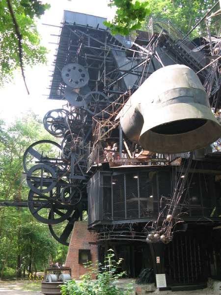 Le Cyclop de Jean Tinguely ArtExperienceNYC www.artexperiencenyc.com