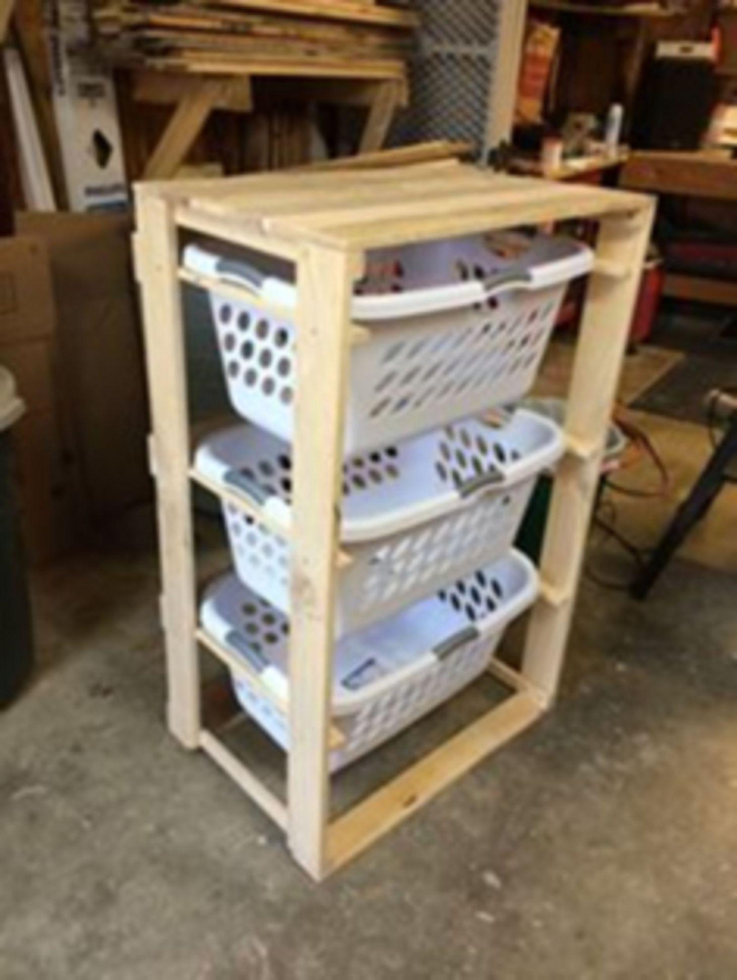 Interesting 15 Pallet Laundry Basket Holder Ideas For Easy ...