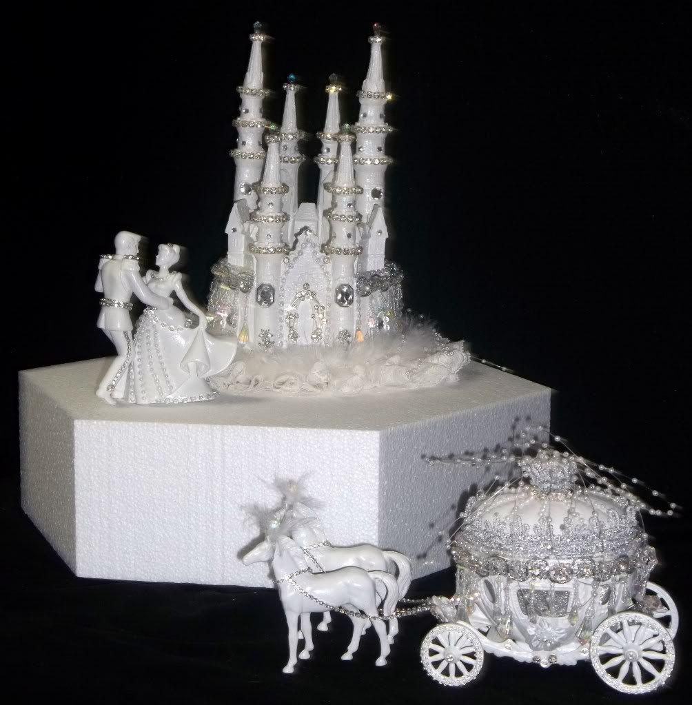 Disney Castle Cake Topper Cinderella Coach Horses Lighted Birthday Wedding