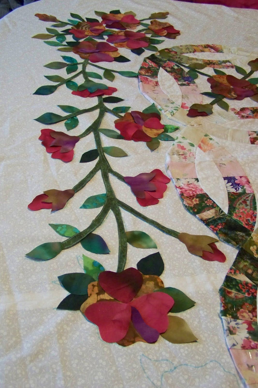 Double Wedding Ring Quilt With Applique Google Search