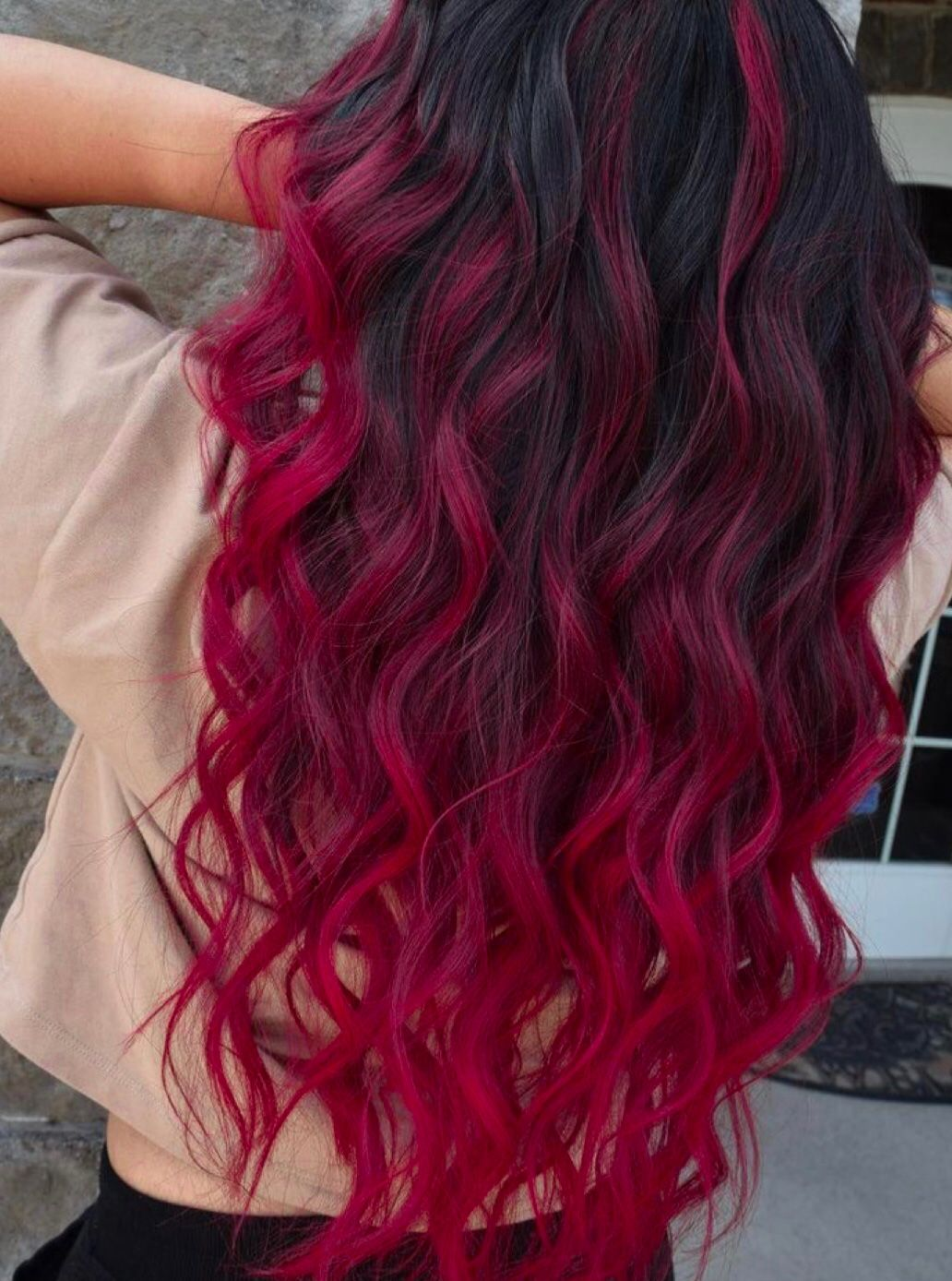 Krasnye Volosy In 2020 Black Hair Red Ombre Hair Styles Red Ombre Hair