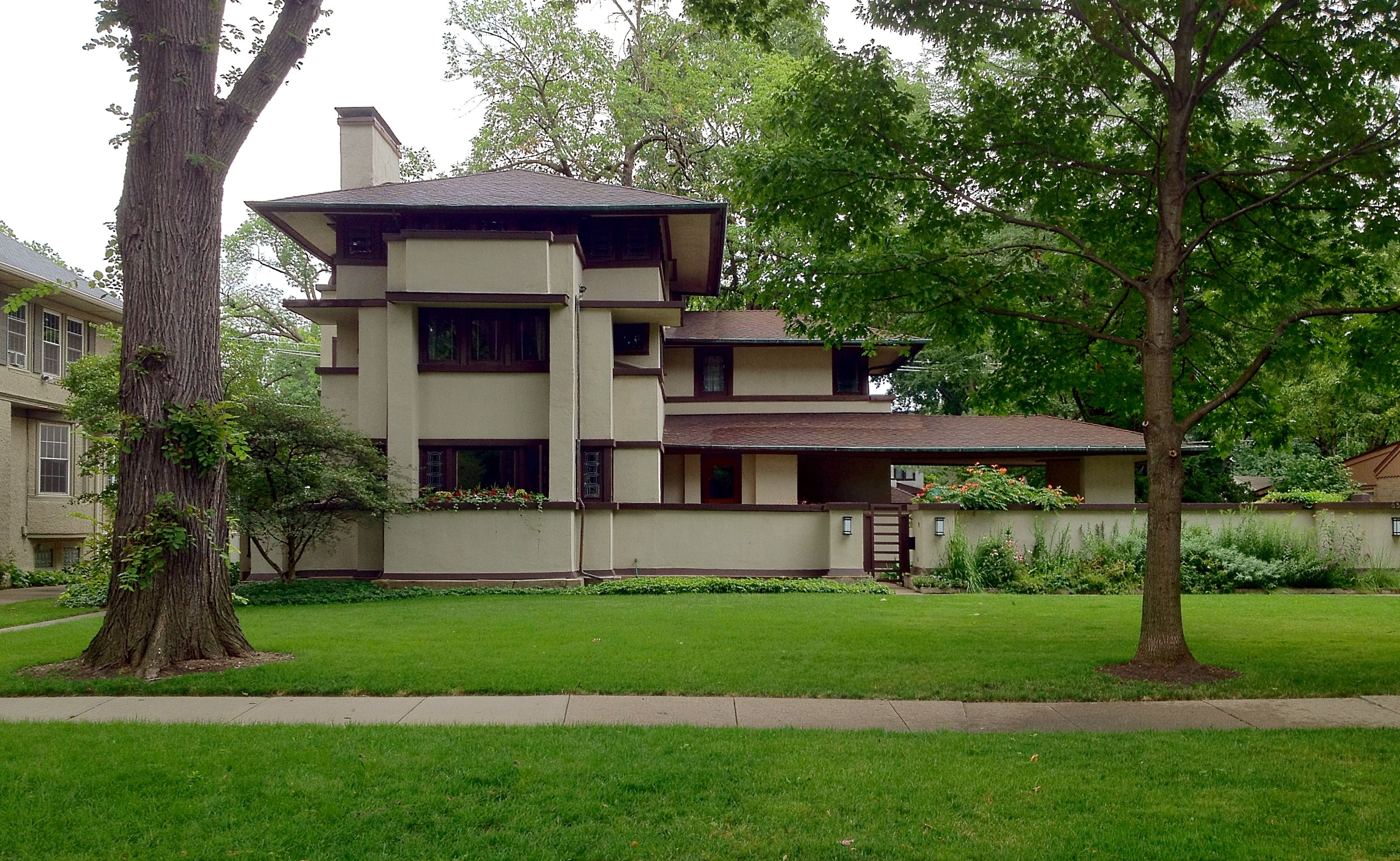 Traditional Classic Home Design Of Frank Lloyd Wright Prairie Style In  Modern Suburb Area: Diego Tokyo Lloy South Bend John Wrigh Frankloyd Ennis  On In 1900 ...