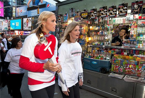 Olympic Gold Medalist Jennie Finch leads walkers in Times Square    Photo: Ray Stubblebine/American Heart Assocation via Insider Images