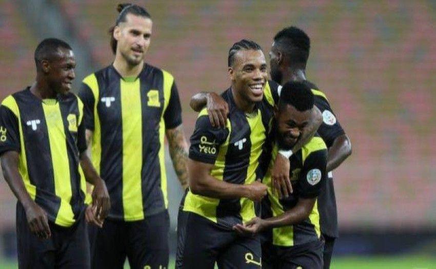 تشكيلة اتحاد جدة المتوقعة في مباراة اليوم ضد الشباب في الدوري السعودي Fashion Academic Dress