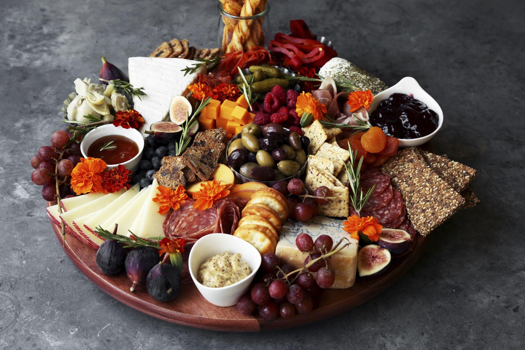 How To Build A Charcuterie Board - Food.com #hominycasserolepioneerwoman