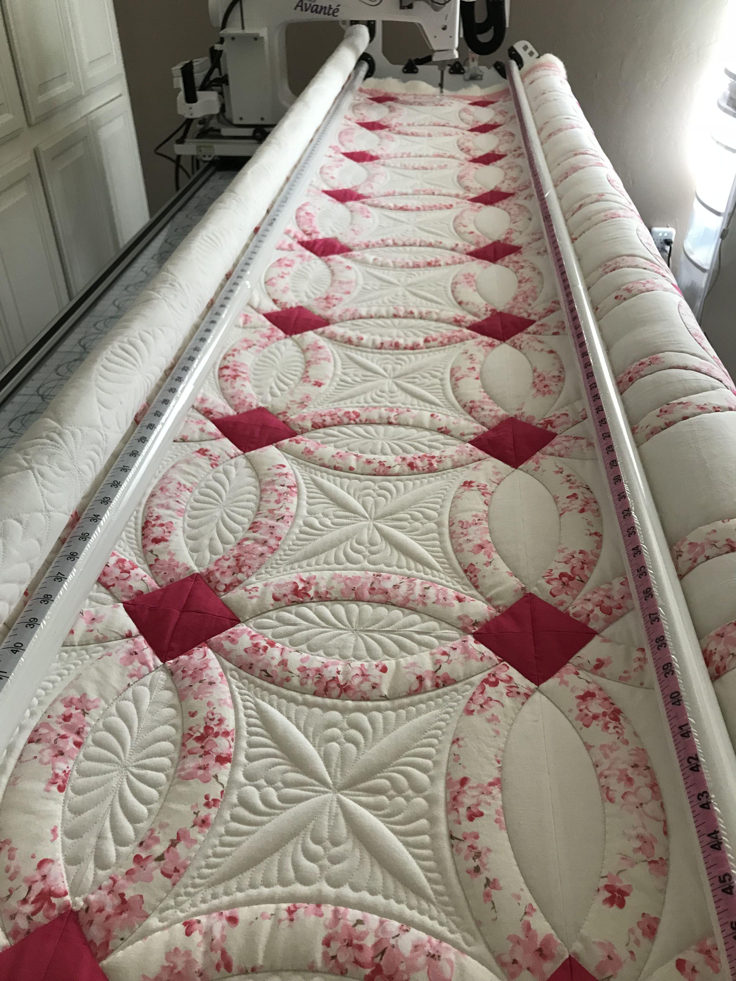Pam\'s quilt. Double wedding ring quilt. DWR. | patchwork | Pinterest