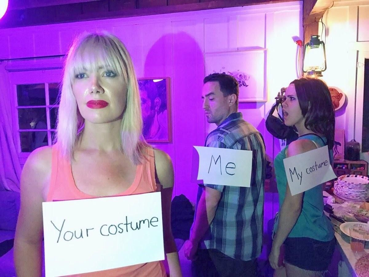 Group Of Friends Dress Up As Distracted Boyfriend Meme For Halloween Funny Pictures Funny Meme Costume