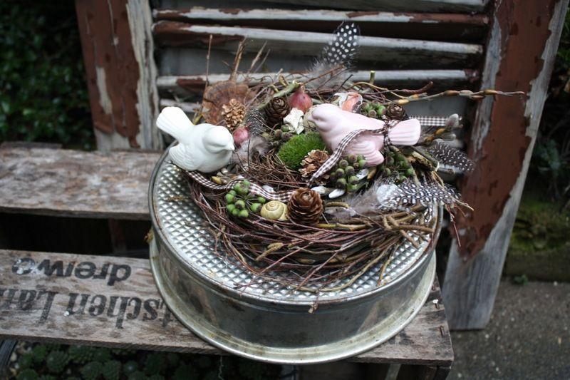 Verliebt in den Frühling - Tischkranz von Frijda im Garten - Aus einer Idee wurde Leidenschaft auf DaWanda.com