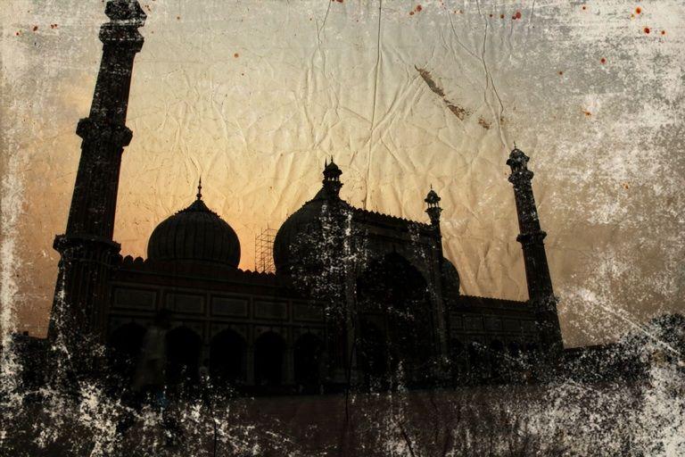 Jama masjid. The core of Delhi.