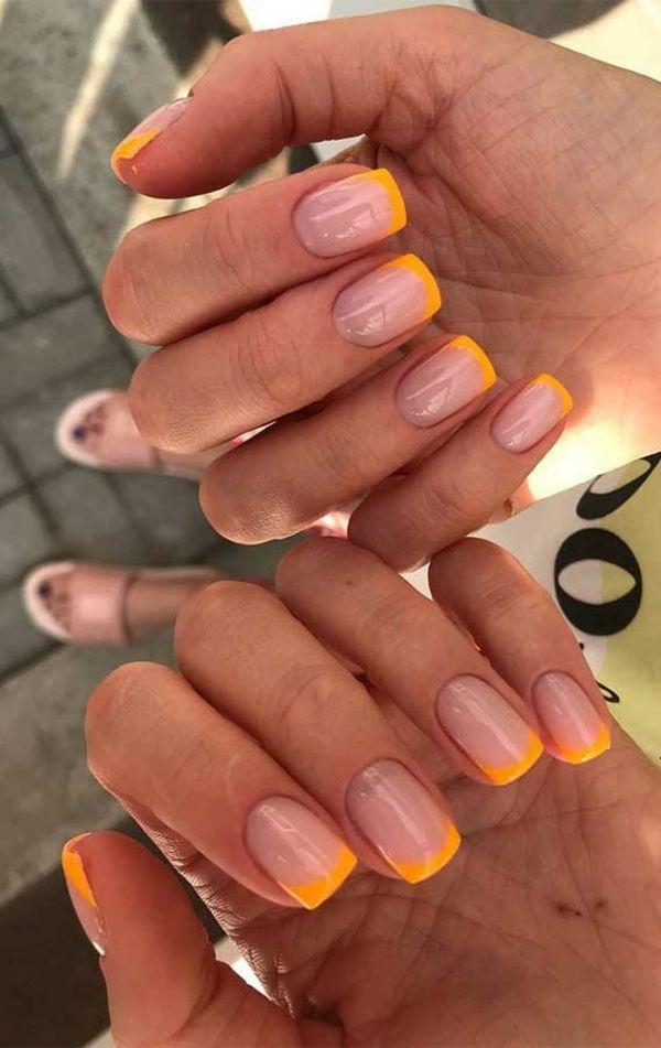 French Nails in Gelb, Gelnägel kurz in 2020 | Nageldesign