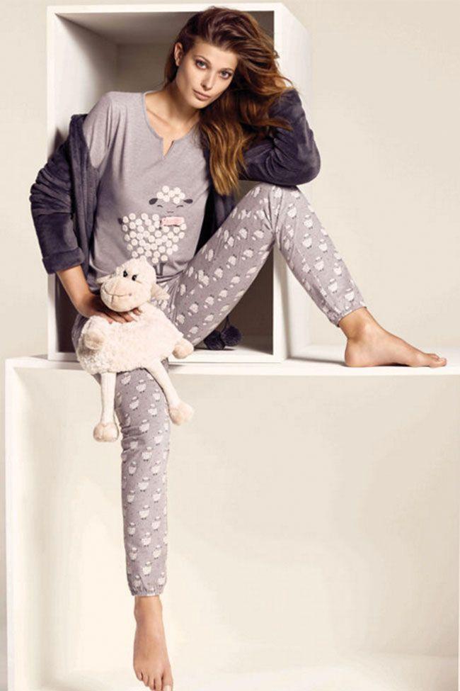 """81fa2ff7323f0 Estas navidades conviértete en una """"home diva"""" con los pijamas de Etam"""