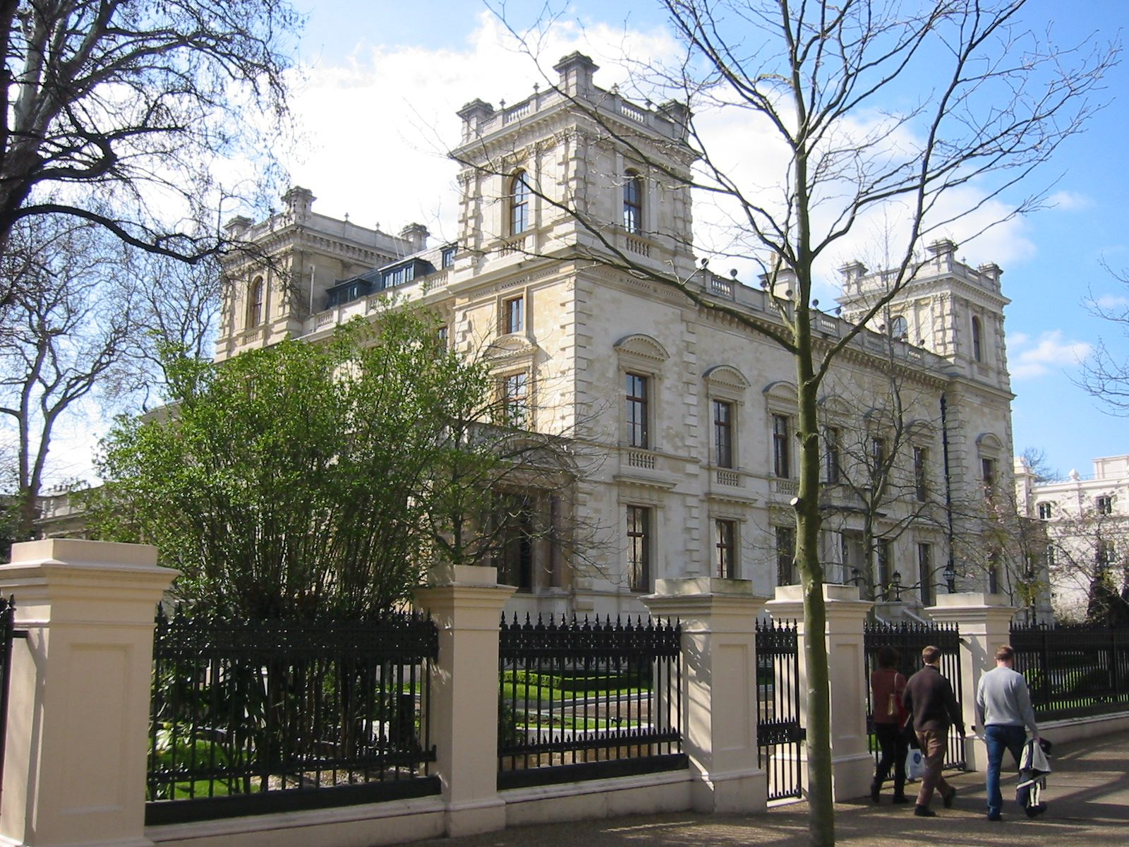 Elegant 18 Kensington Palace Gardens Belongs To Indian Steel Tycoon Lakshmi Mittal,  Who Bought It From Bernie Ecclestone. Previous Owners Also Include Baron De  ...