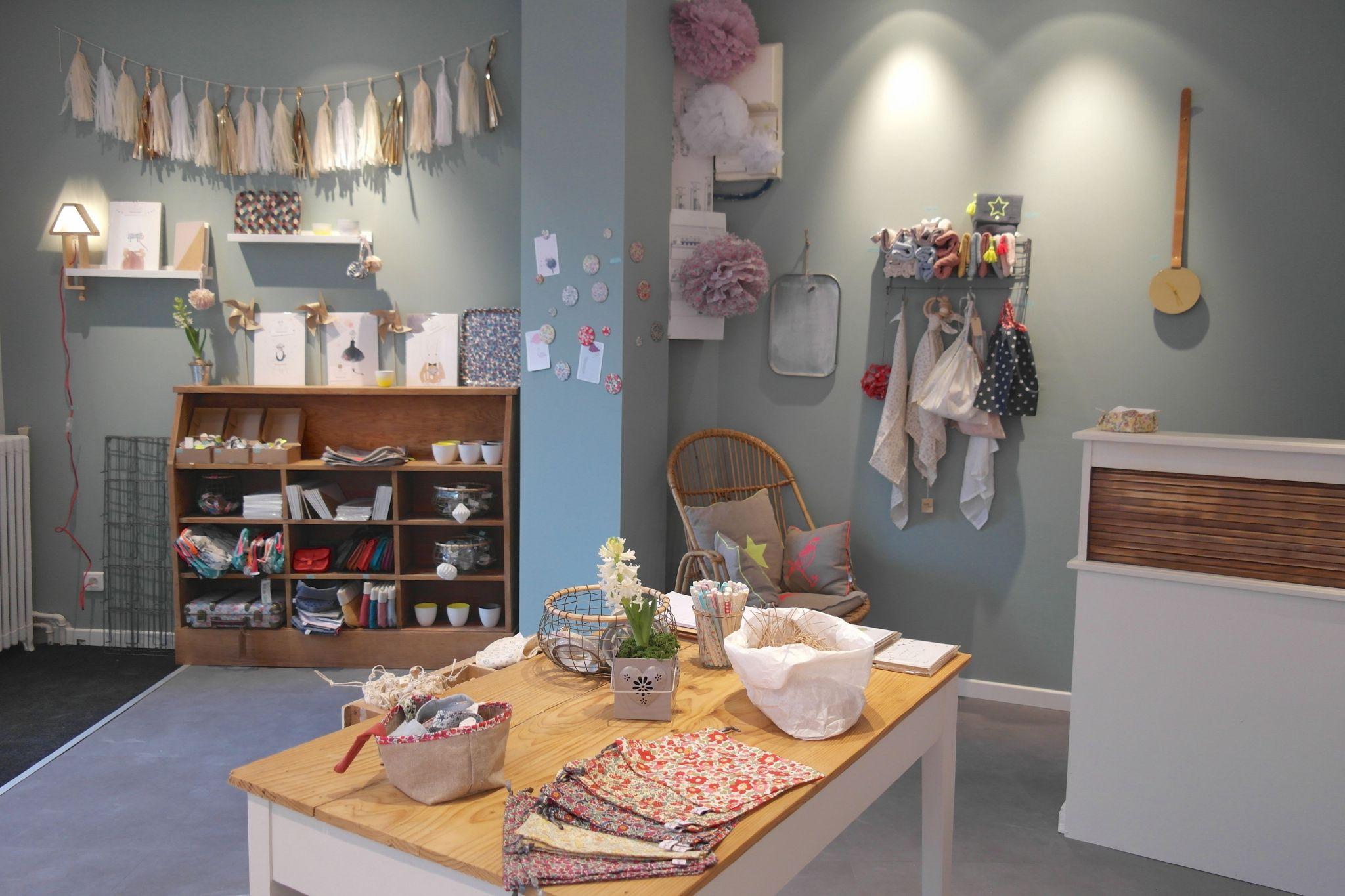 Je Vous Presente La Boutique Ernest Est Celeste Ernest Est Celeste Peinture Murale Cuisine Decoration Maison