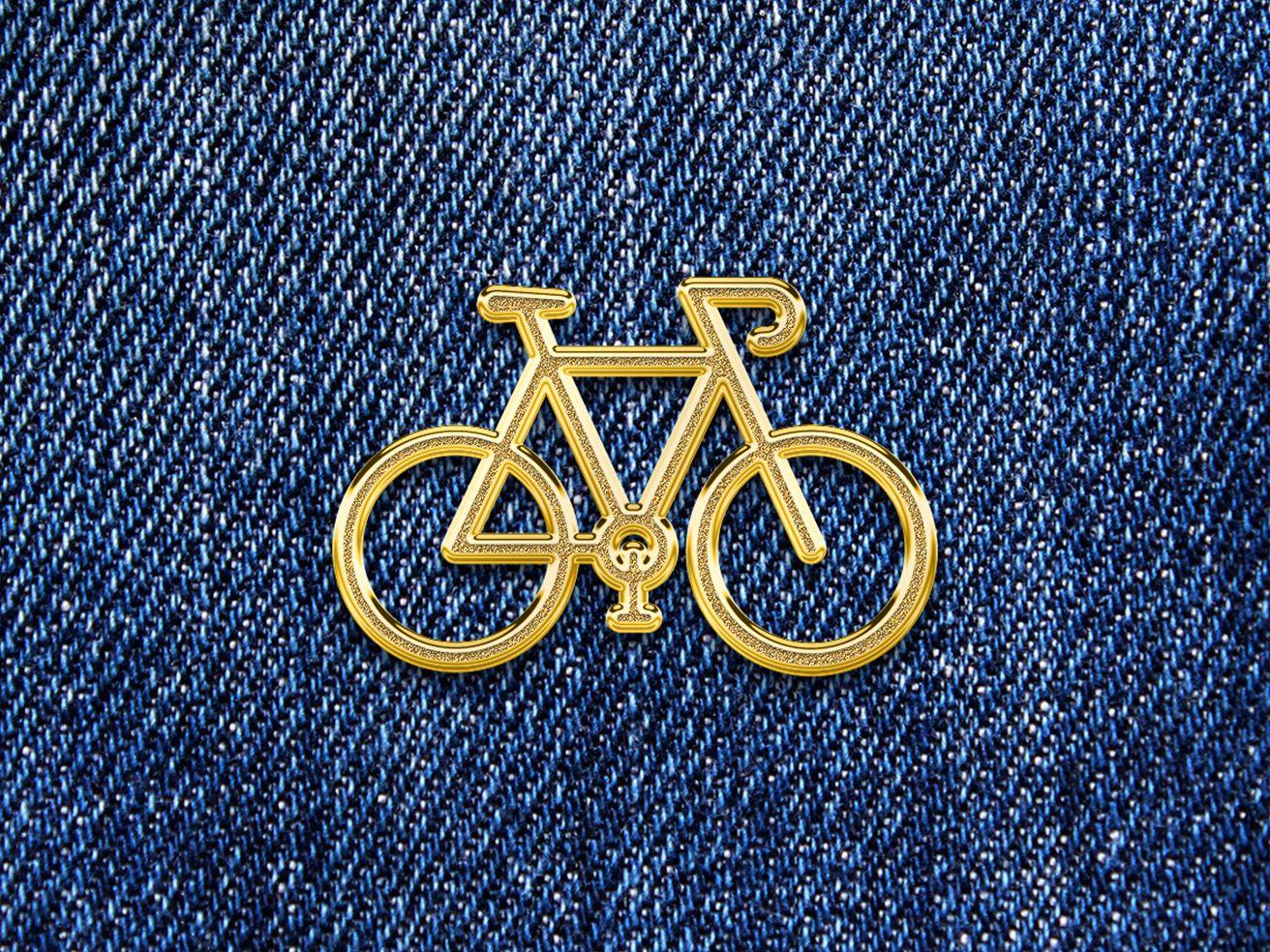 Gold Emblem Pin Mockup Emblems Enamel Pins Photoshop Mockup
