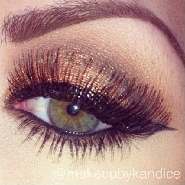 ...stunning bronze shadow by MUA ✨@makeupbykandice✨ ..using all MAC cosmetics; she used SADDLE in the crease, BROWN DOWN  and EMBARK in the outer v slightly worked into crease, & COPPER SPARKLE pigment all over the lid! The lashes don't have a name :/ GORGEOUS!➡➡➡ @makeupbykandice  @makeupbykandice  @makeupbykandice✨ - @vegas_nay- #webstagram
