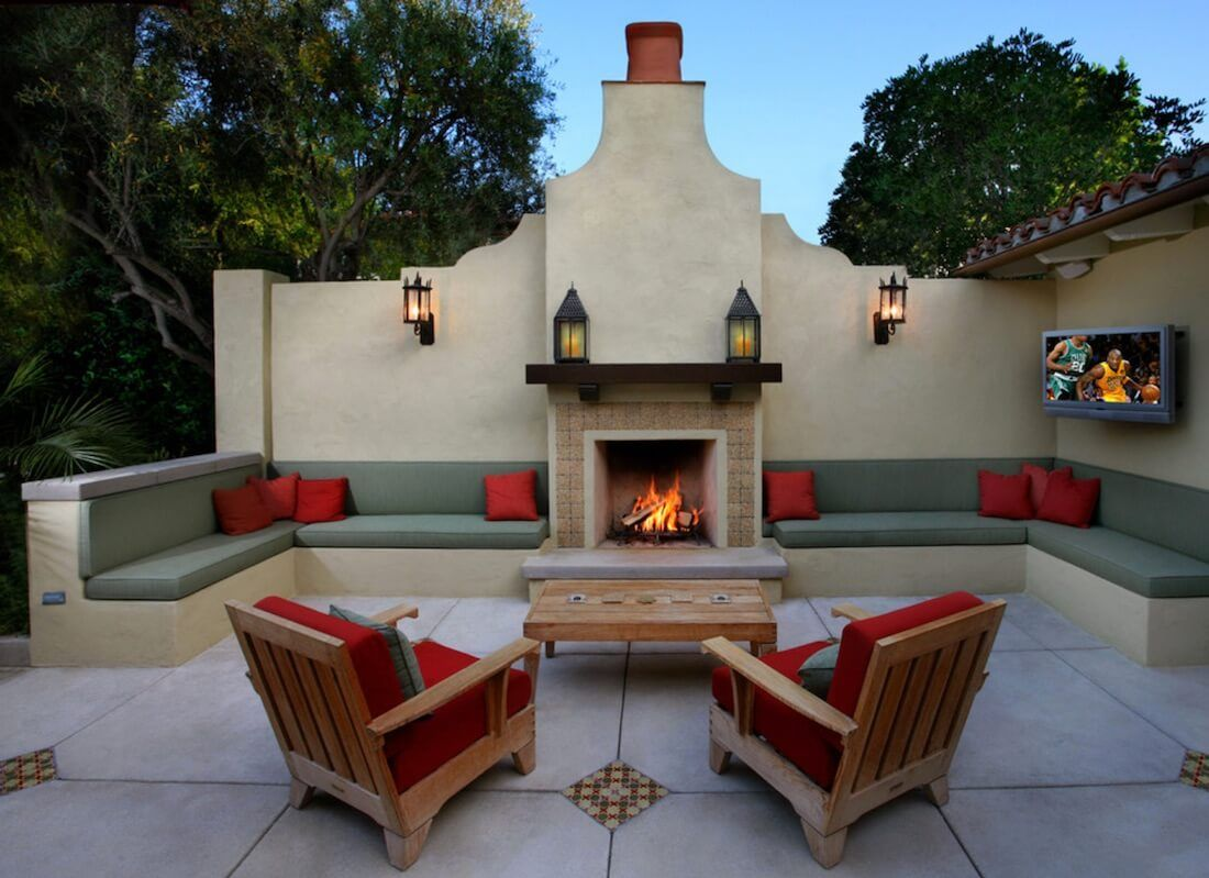 20 Of The Coolest Outdoor Fireplaces With Images Patio Design