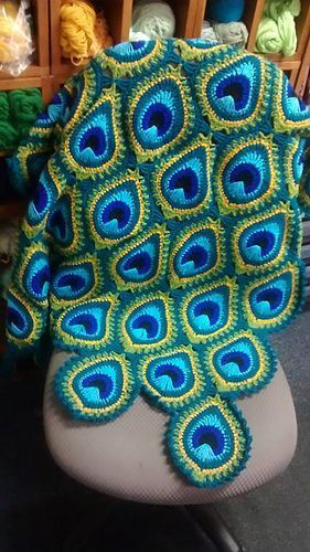Peacock Crochet Blanket Pattern Free Video Tutorial | Handarbeit ...