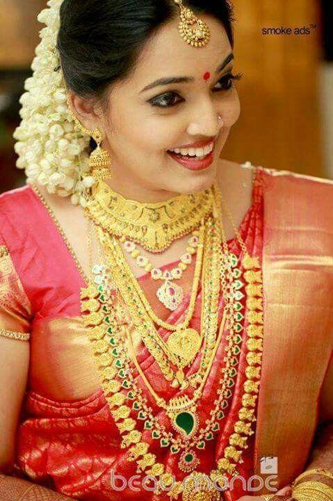F653202159c84c08302242160c549f00 Jpg 479 720 Indian Bridal Outfits Indian Bridal Wear Kerala Bride