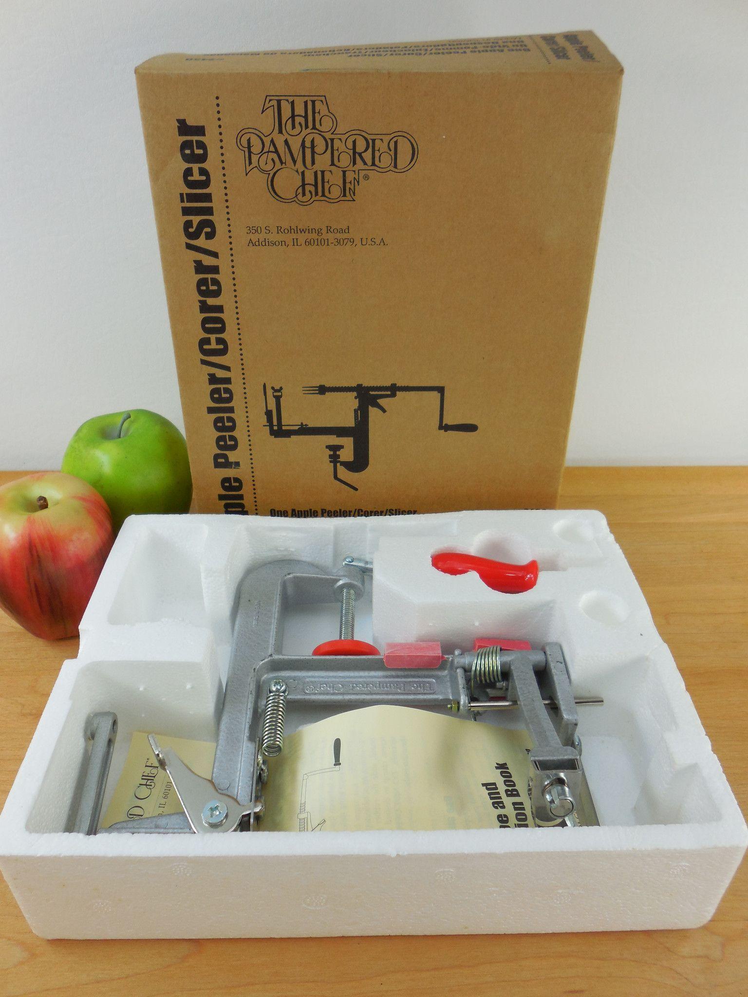 The Pampered Chef Apple Peeler Corer in Original Box... New NIB