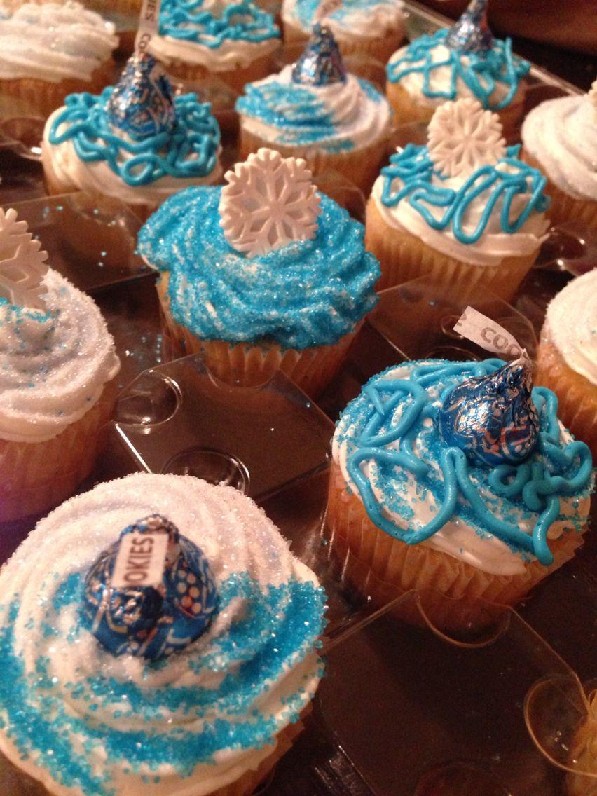 Mackenzie's sweet 16 cupcakes