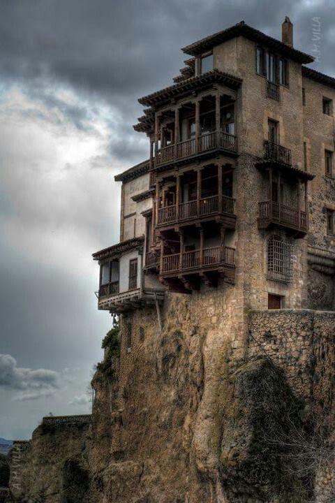Casas colgantes cuenca espa a paisajes y edificios oscuros y tenebrosos pinterest - Casas espectaculares en espana ...