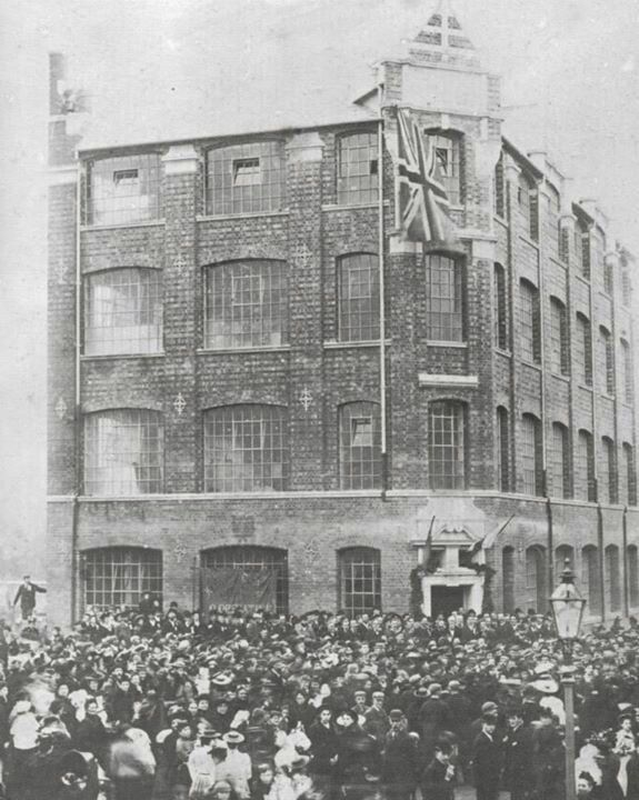 1895 kettering , opening day of this factory