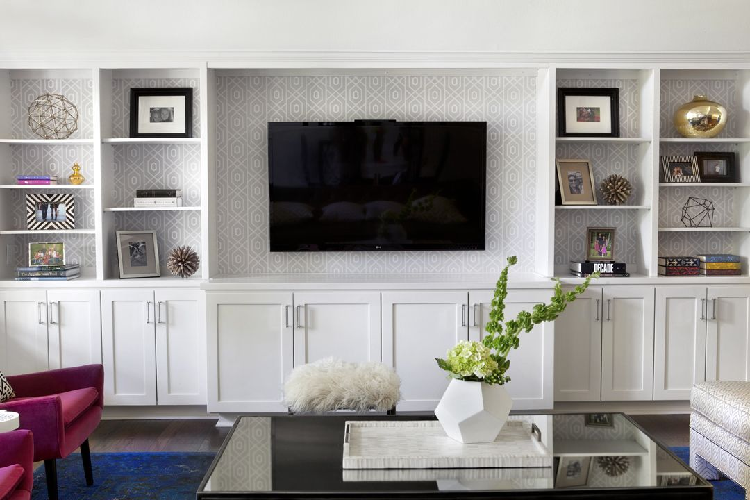 Gorgeous Textured Wallpaper Used In A Built In Media Shelving Unit Livingroomideas Wallpaper Living Room Built Ins Living Room Tv Family Room Design Family living room background