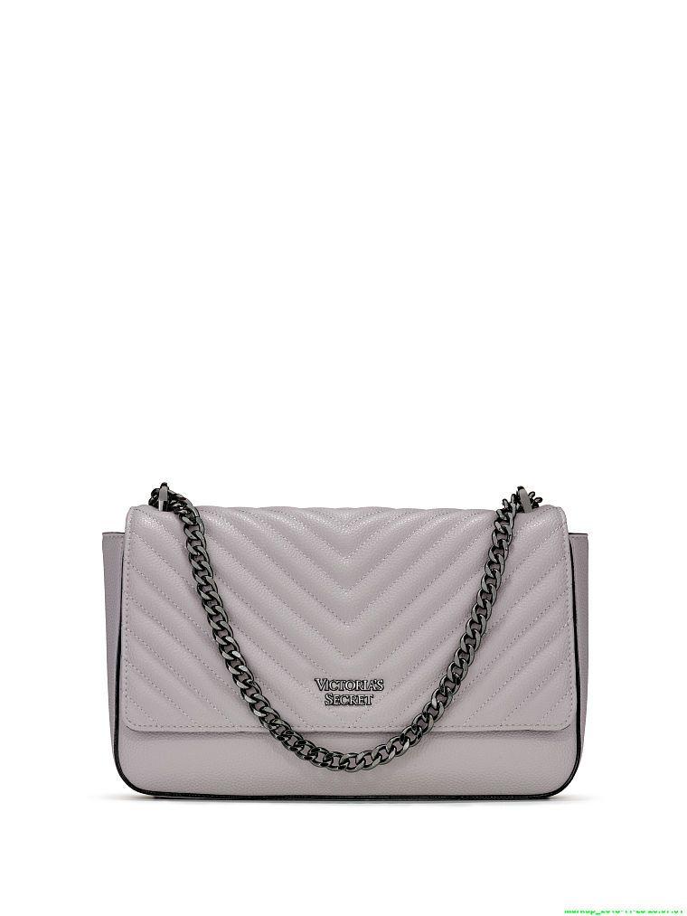 009d78aa2 Victoria's Secret Pebbled V-Quilt Shoulder-to-Crossbody Chain Bag ...