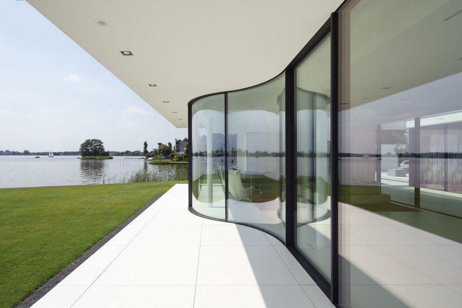 Image Gallery - Lakeside Villa mit Sky-Frame, NL   Weinhotel ...