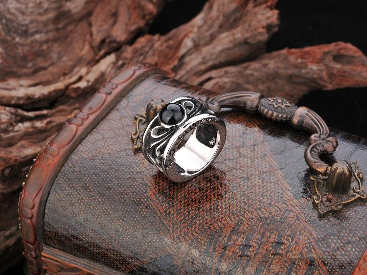 Niello Wide Band Exaggerated Men's Titanium Gemstone Ring