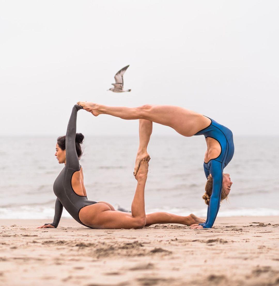 Partner Yoga Challenge Yoga Challenge Poses Couples Yoga Gymnastics Poses