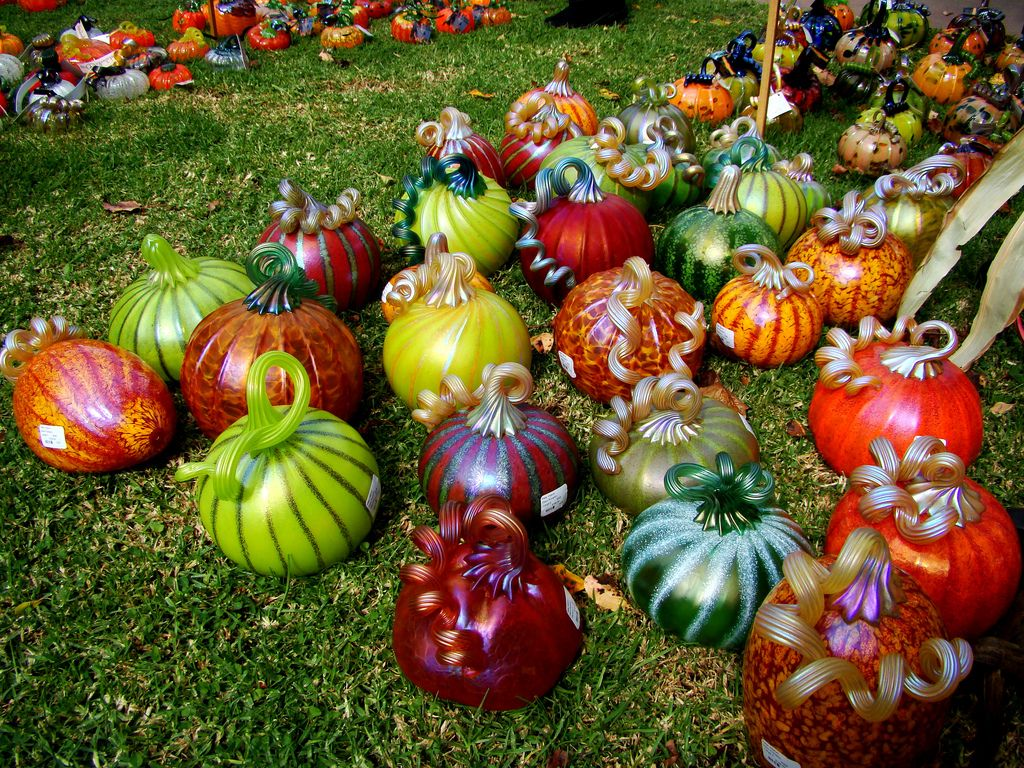 Great Glass Pumpkin Patch Glass Pumpkins Beautiful Pumpkins