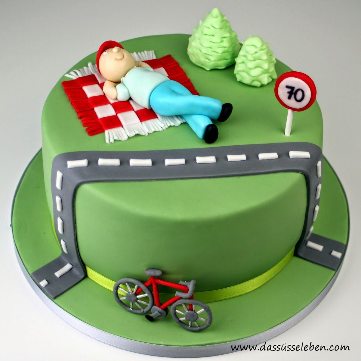 1. Motivtorte Mountainbiker Downhiller Torte, bräuchte