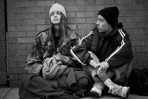 managing the homeless youth in This article details the ways in which young people experiencing homelessness are managing their relationships beck's individualization thesis is used to relate young people's relationships.