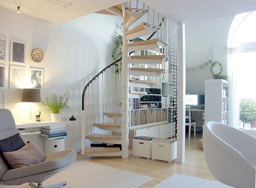 Wenteltrap In Woonkamer : Wenteltrap inspiratie stairs stair case