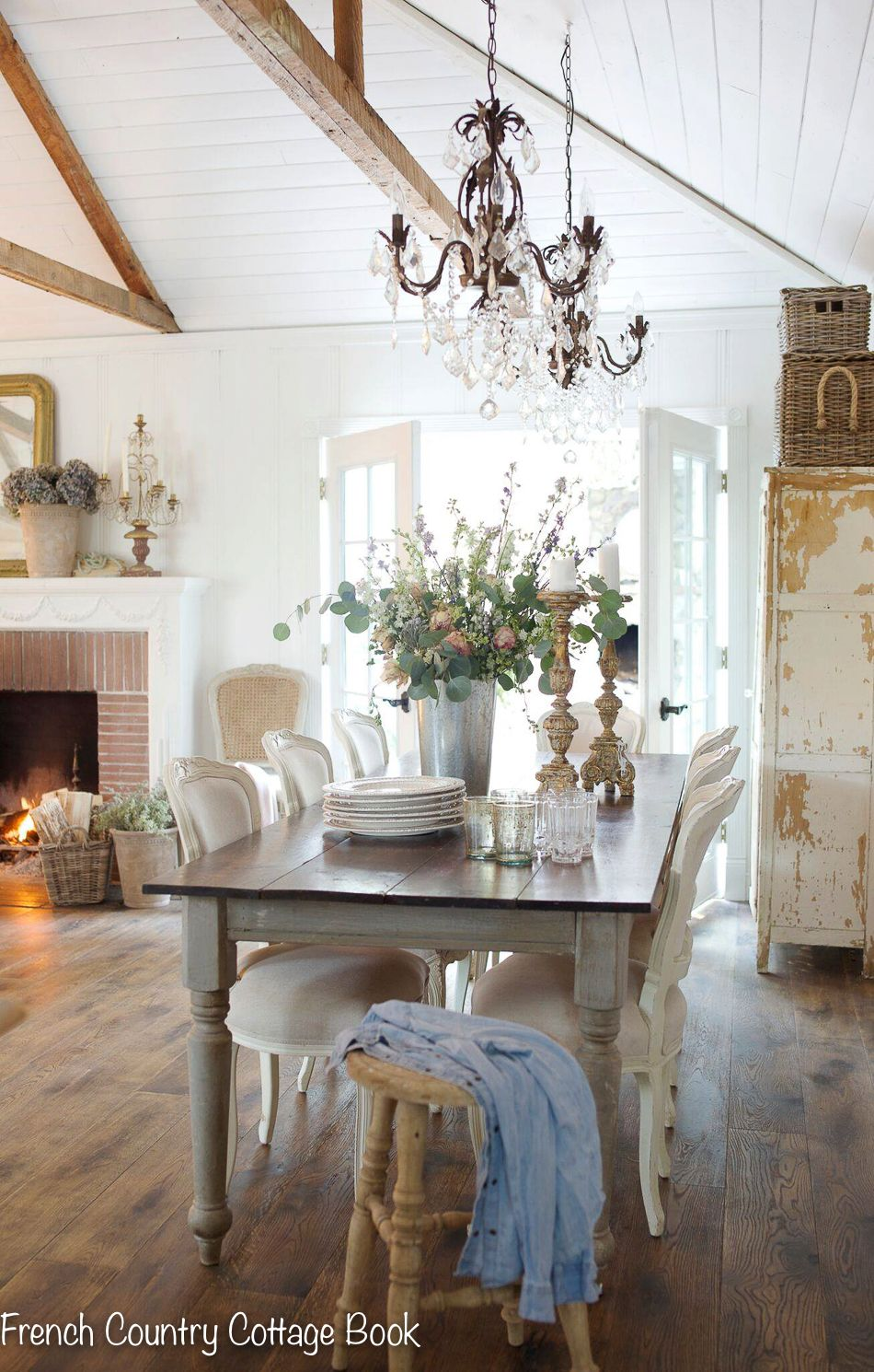 How A Simple Change Can Bring A Fresh Look French Country Cottage French Country Living Room French Country House French Country Kitchens