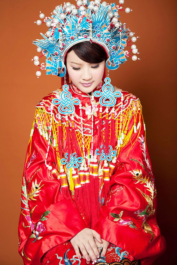 Qing Dynasty Styled Traditional Chinese Wedding Dress With Phoenix Crown Headpiece Still Used In Modern Taiwanese