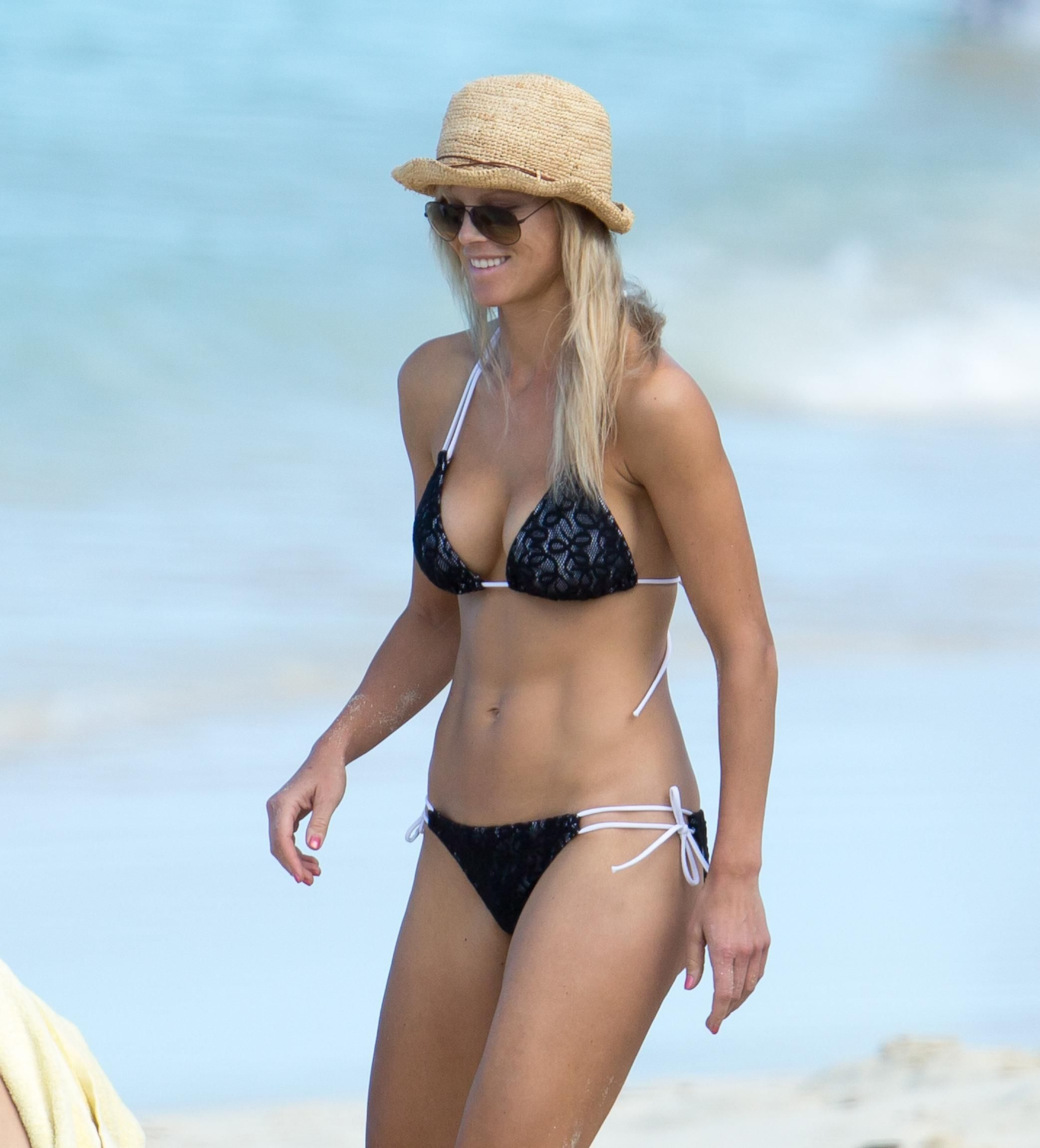 Designer of elin nordegren white bikini photo 159