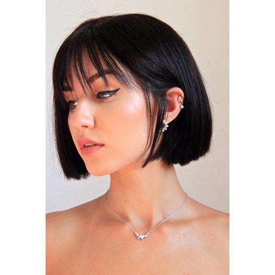 Cute Hairstyles For Short Straight Hair Cute Hairstyles For Short Straight Hair Aunque Las Me In 2020 Short Hair With Bangs Thick Hair Styles Short Straight Hair