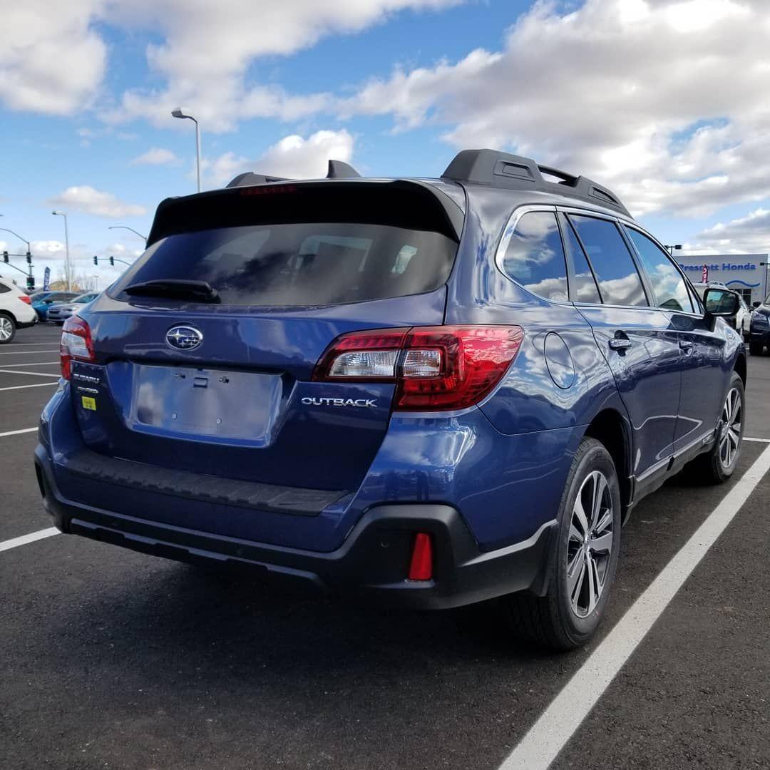Afbeelding Kan Het Volgende Bevatten Auto Lucht Wolk En Buiten Subaru Outback Subaru Outback Offroad Subaru