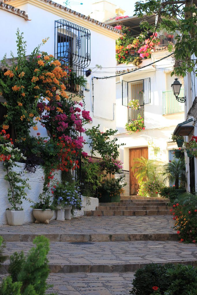15 Best Things to Do in Estepona (Spain) - The Crazy Tourist