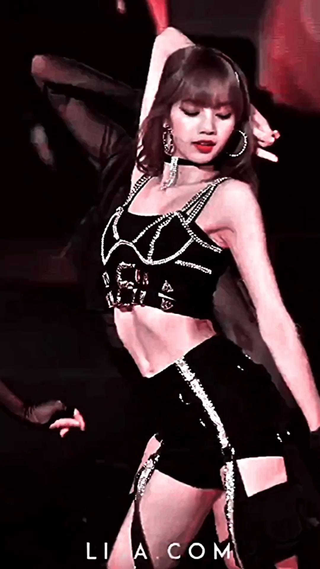 #lalisa #lisa #lisamanoban #blackpink #velocity #edits #fancam #kpop USE CREDIT FREE