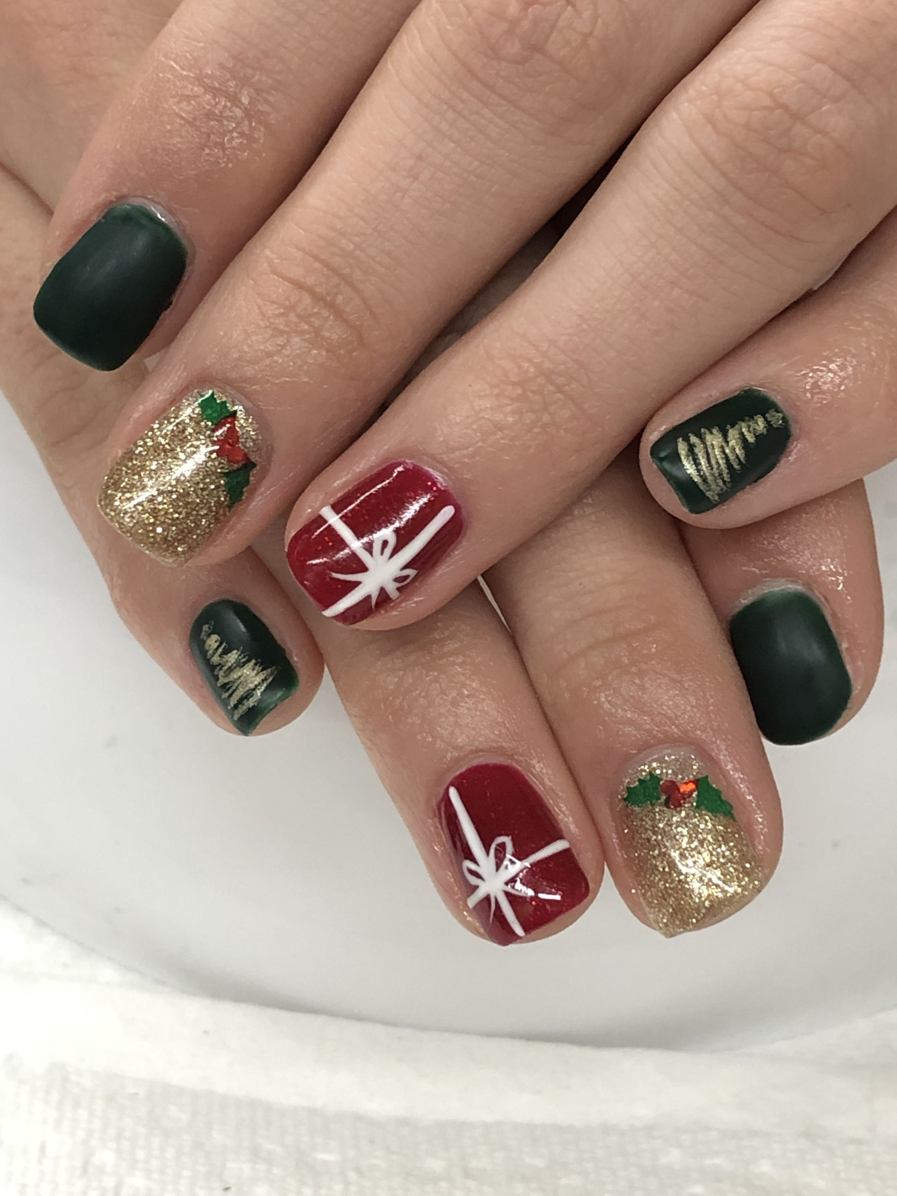 Christmas Gel Nails Red Green Gold Holly Christmas Present Red Christmas Nails Christmas Present Nails Gold Gel Nails