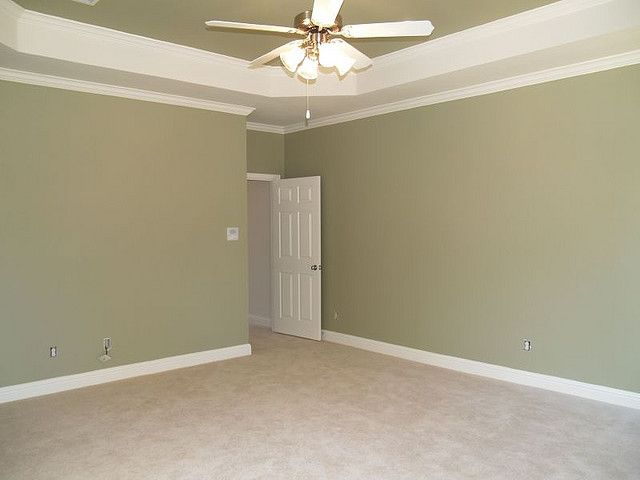 Image Of Dining Room Painted In Sherwin Williams Baize Green