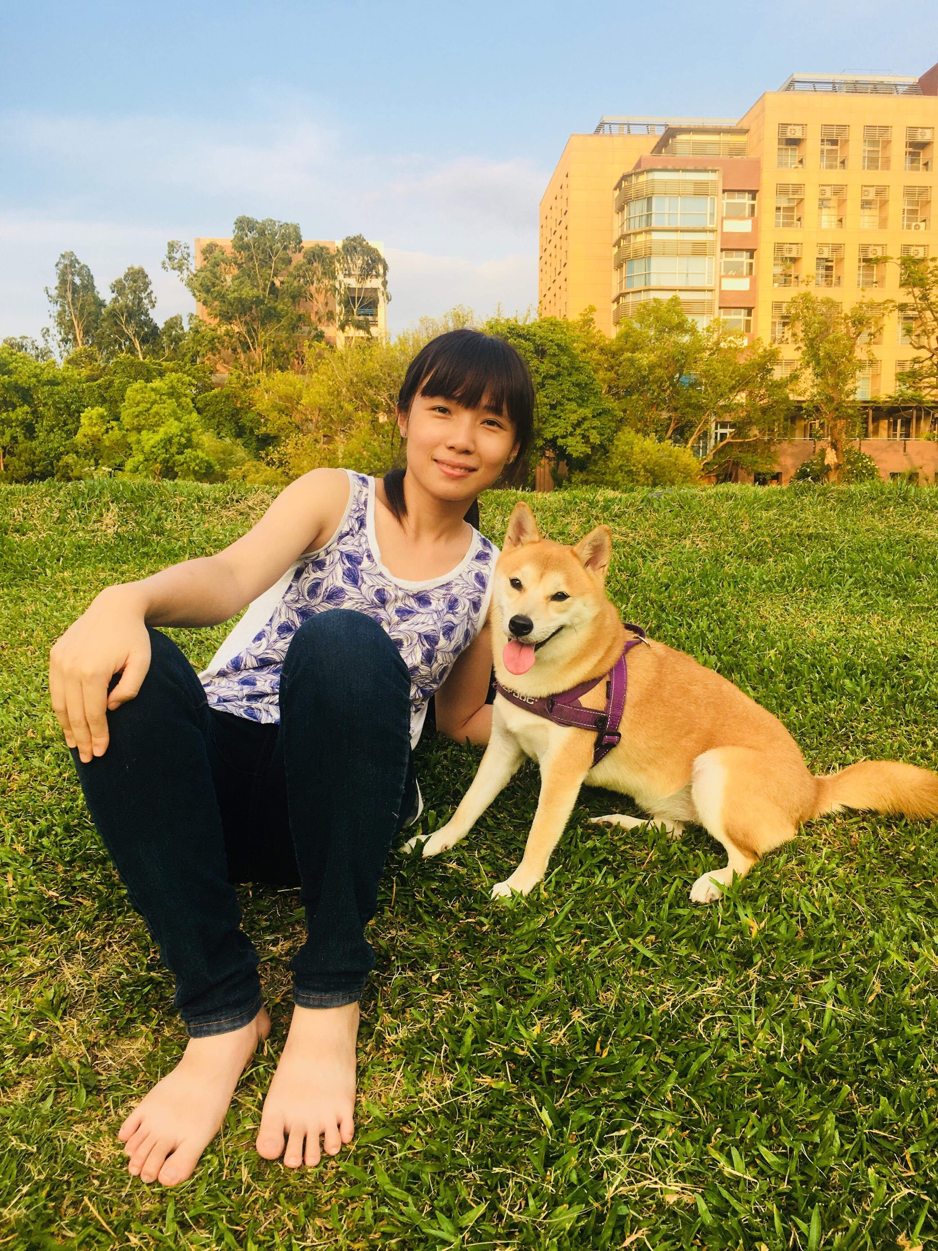 Yi Ping Hi Everyone I M Yi Ping A Graduate Student At Carnegie Mellon University In My Spare Time I Love Playing Volleyba Carnegie Mellon Corgi Carnegie