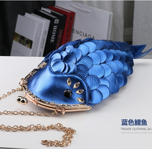 58.39$  Buy now - http://alisry.worldwells.pw/go.php?t=32326095863 - Free shipping originality new model carp multicolor hasp shoulder Messenger Bags 58.39$
