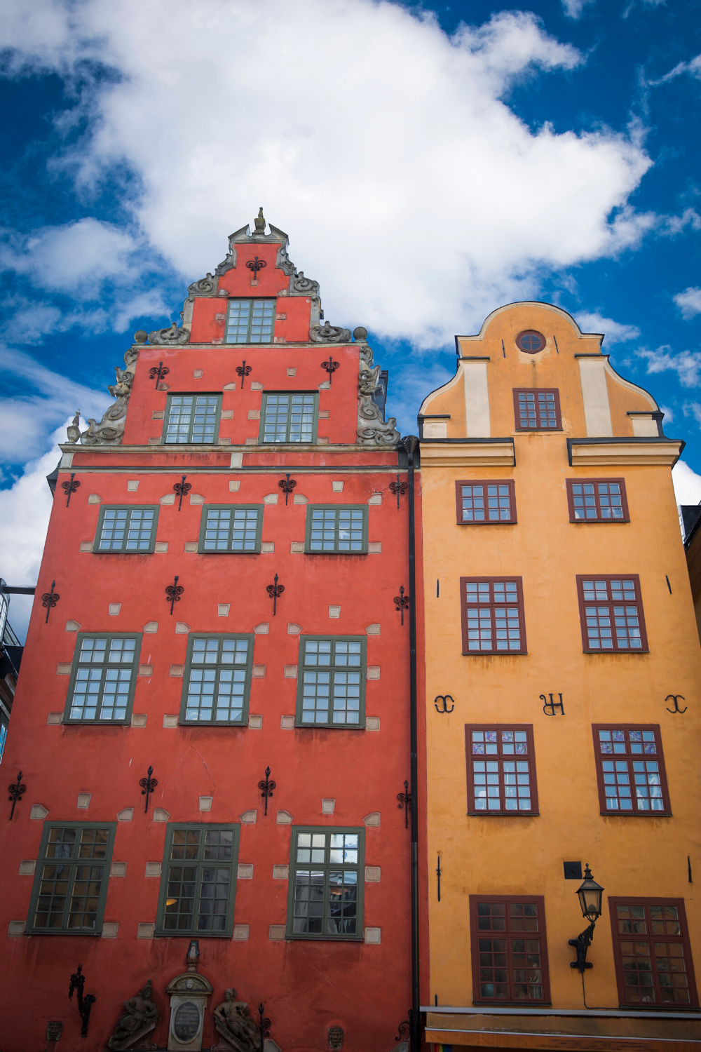 A Weekend Guide To Stockholm Life In Norway In 2020 Stockholm Old Town Scandinavian Architecture Old Town