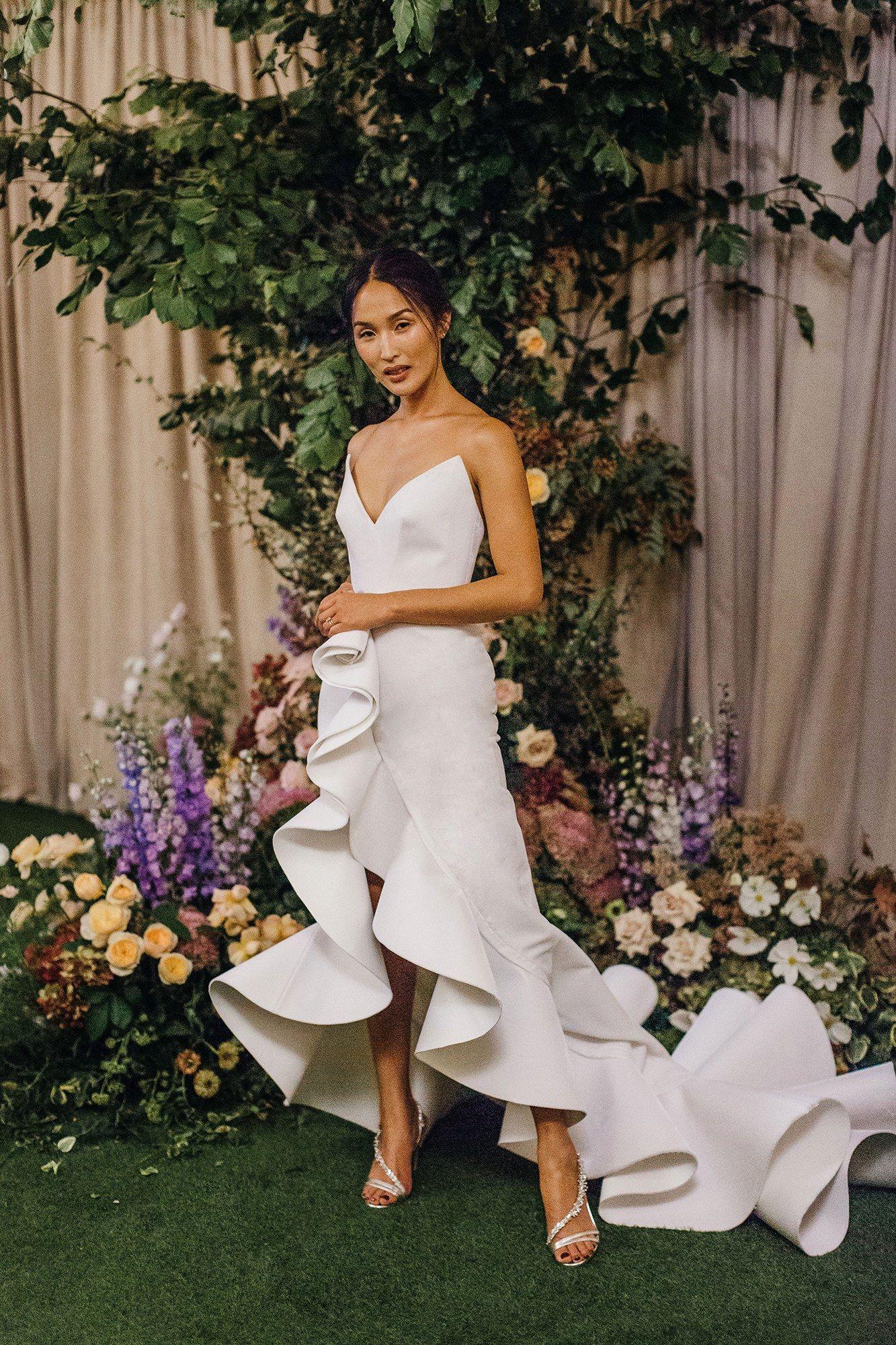 Nicole warne of gary pepper girl had a wild garden wedding in new