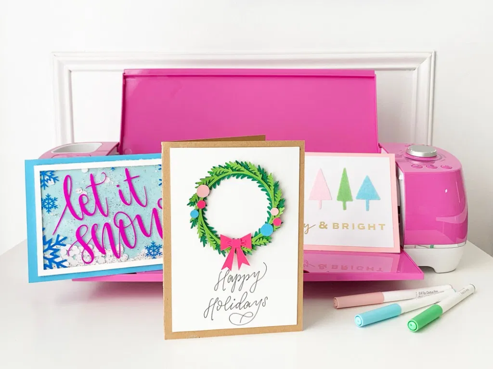 DIY Christmas Cards - Cricut Explore Air 2 Projects #cricutexploreair2projects