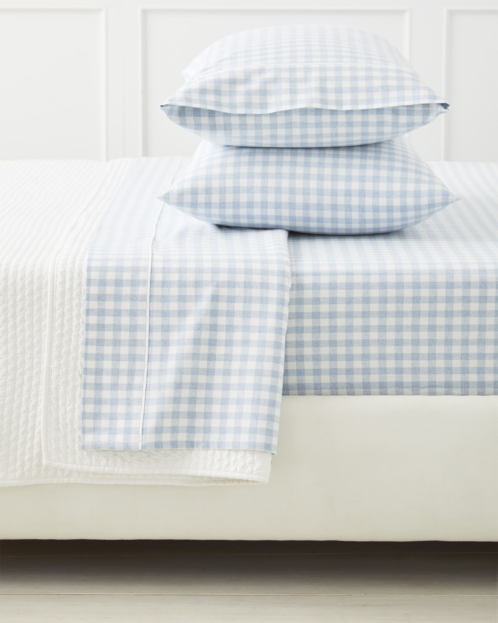 The Daily Hunt Gingham Flannel Sheets And More Bed Linen Design Cheap Bed Sheets Black Bed Linen